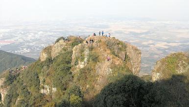 无限风光在险峰 奉化笔架山穿越 感受惊险奇绝美风景(1日行程)