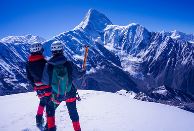 2019年  贡嘎卫峰 5588M那玛峰攀登(6日行程)