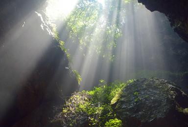 探索人类未发现的秘密  纪龙山探洞崖降 体验速度与激情(2日行程)