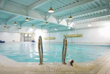 还在犹豫不决 现在参加我们的水肺潜水体验课程吧(1日行程)