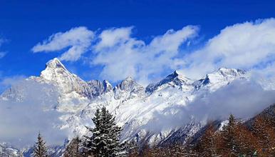 周末活动 四姑娘山大峰 逐梦初级雪山攀登 可定制行程(3日行程)