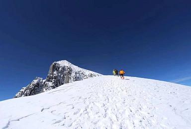 雪山攀登 2019第一届哈巴雪山攀登赛事(4日行程)