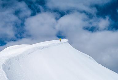 最美五千米雪山 5588米那玛峰攀登计划书(8日行程)