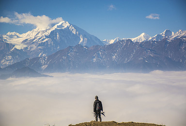 周末休闲 云端之上 雪山之下 二郎山红岩顶 2日行程(2日行程)