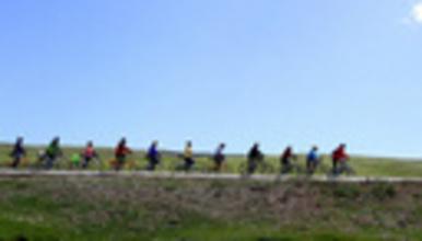 丝路环线 骑游青海湖茶卡盐湖莫高窟嘉峪关七彩丹霞门源花海(6日行程)