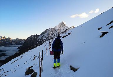 雪山穿越 四姑娘山大峰攀登 长坪沟穿越毕棚沟8日挑战(8日行程)