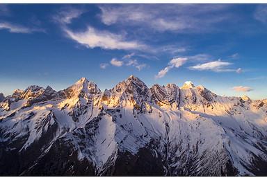 凯乐石·四姑娘山第五届国际登山节,送1500元装备(4日行程)