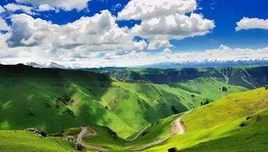 北疆大环线12纯玩-乌鲁木齐-喀纳斯-巴音布鲁克-吐鲁番(12日行程)