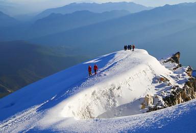 哈巴雪山 一比一高山协作 包含骑马驮包 全年接受私人订制(5日行程)
