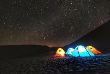 腾格里沙漠腹地露营+沙漠经典项目通票(2日行程)