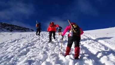 *户外攀登*登顶哈巴雪山 感受云上风光 初级徒步雪山线路(4日行程)