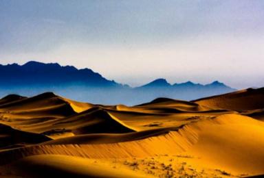 腾格里沙漠穿越 扎营仰望银河星空(4日行程)
