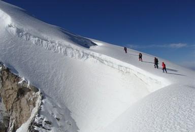 哈巴雪山攀登 勇挑5396登顶 4日活动(4日行程)