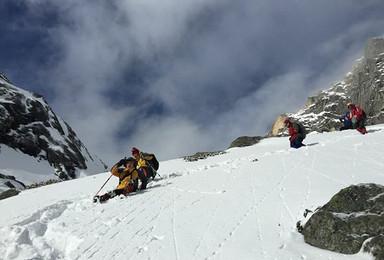 第一座雪山 四姑娘山二峰攀登 1人成行(4日行程)