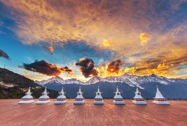 雨崩徒步|看日照金山,独克宗古城,徒步中国最原始村落雨崩村(7日行程)