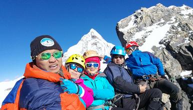 2020年四姑娘山三峰5355攀登 技术性雪山入门级(4日行程)