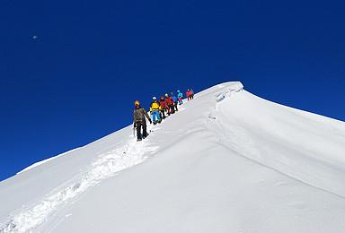 云上那玛峰5588米攀登 含装备1比2协作(6日行程)