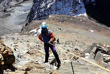 2020四姑娘三峰5355米技术性雪山攀登(4日行程)