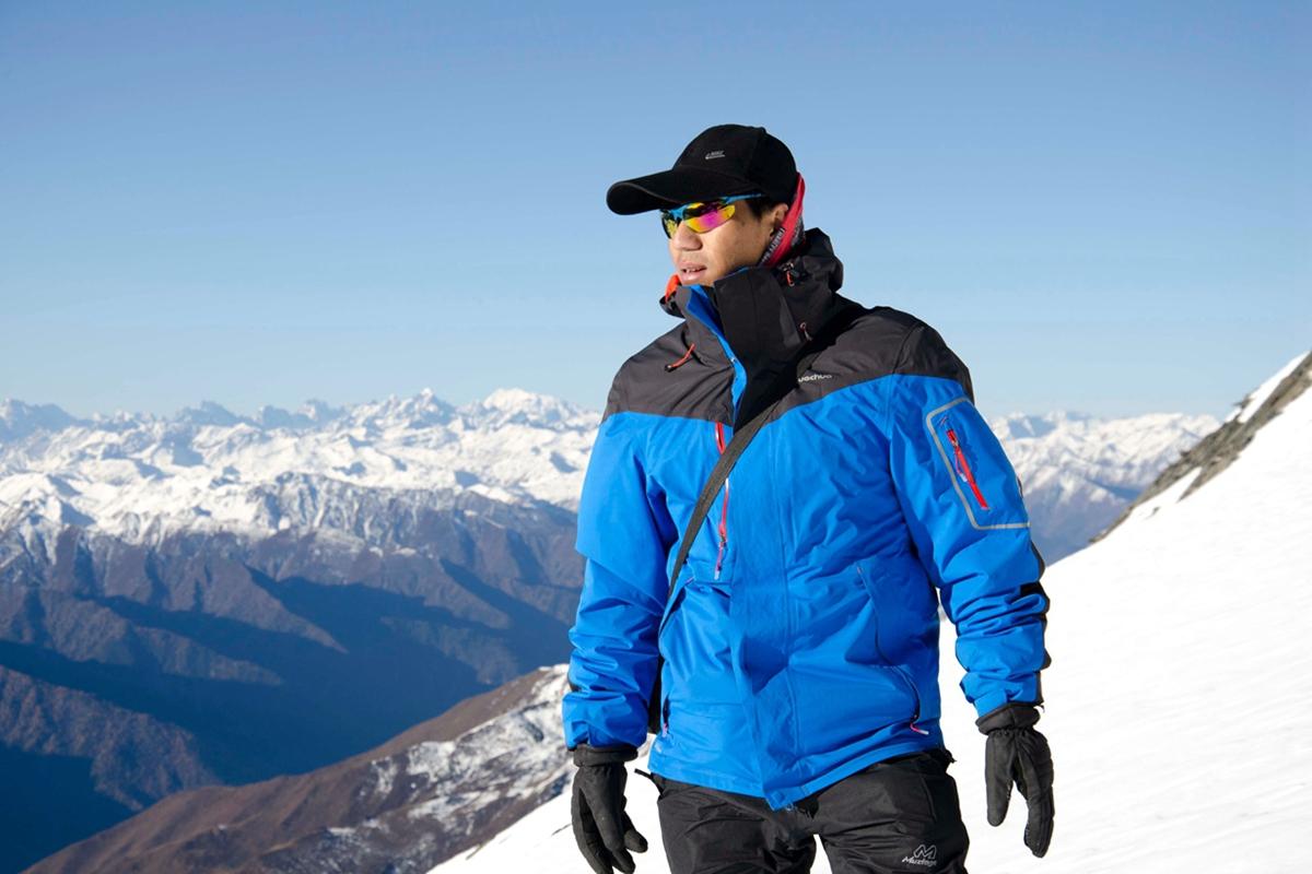 2021四姑娘山长坪沟徒步 大峰攀登第一座5000米雪山(5日行程)