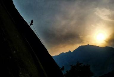 相约金祖山:崖降、露营、穿越活动(2日行程)