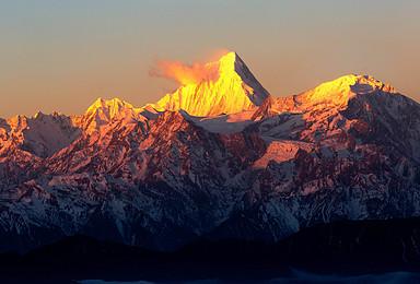 成都周边红岩顶户外徒步露营星空媲美牛背山·达瓦更扎(2日行程)