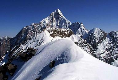 雪山穿越 四姑娘山大峰攀登 长坪沟穿越毕棚沟轻装徒步(7日行程)