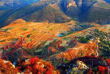 自驾穿越太行秋色 探绝美挂壁公路 观王硇石楼 揽京娘湖(2日行程)