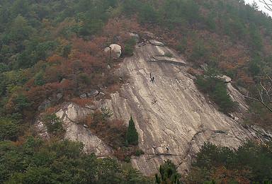 礼拜天,爬巨石,玩绳降,挑战不一样的户外线路(1日行程)