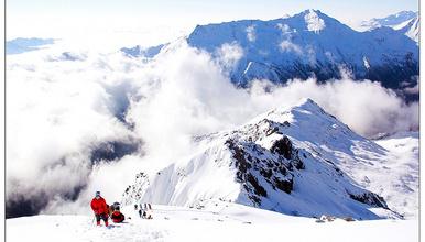 入门级雪山攀登 四姑娘山大峰/二峰  每天发团(3日行程)