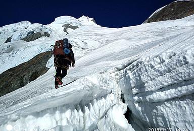 贡嘎卫峰 金银山6410米攀登计划 3比1协作(9日行程)