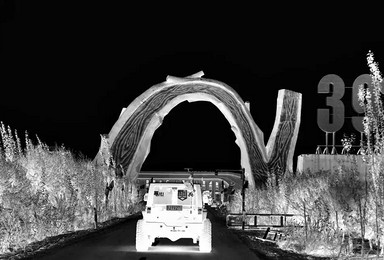 穿越无人区,以最长轴(N39)横穿塔克拉玛干沙漠(18日行程)