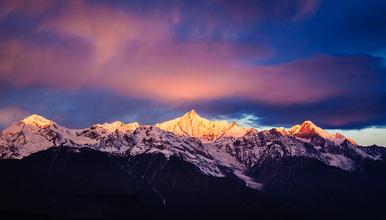 梅里雪山朝圣 玉龙雪山 香格里拉 虎跳峡 普达措公园(5日行程)