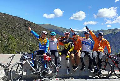 骑行中国最美景观大道—318川藏线后勤车保障骑行组团(24日行程)