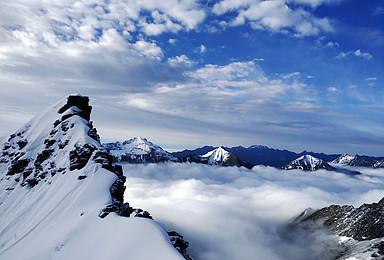 尝试5000米级 初级技术雪山攀登 四姑娘山三峰(3日行程)