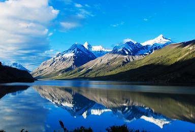 极致川滇藏 稻城亚丁 梅里雪山 然乌湖 来古冰川 川藏南线(10日行程)