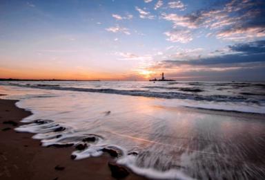 仙螺岛 北戴河 地中海风情碧螺塔 猫的天空之城 游船出海(2日行程)