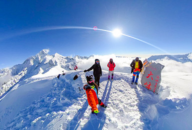 5000级入门山峰最佳选择 四姑娘山 大峰 二峰 每天发团(4日行程)