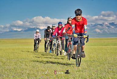 新疆独库公路骑行-巴音布鲁克-那拉提草原-库车独山子单车旅行(7日行程)