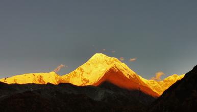 2020年那玛峰(5588米)远铭登山计划(6日行程)