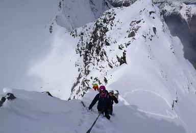 自由之巅  小玛雅峰5205米雪山攀登(6日行程)