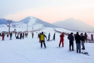 渔阳滑雪 渔阳老字号 北京最大滑雪场(1日行程)