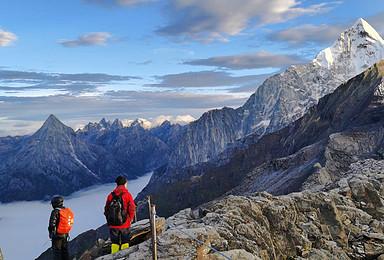 雪山攀登 四姑娘山大峰 二峰 入门级首选 每天可发团(3日行程)
