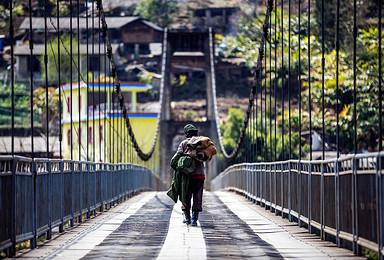 穿越三江并流怒江独龙江梅里雪山同乐村滇金丝猴国家森林公园环线(8日行程)