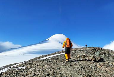 玉珠峰6178米登山活动 自营基地配全套技术装备睡袋羽绒衣裤(7日行程)
