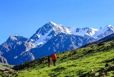 寻找心中的雪莲 博格达登山大本营 摄影轻装徒步(6日行程)