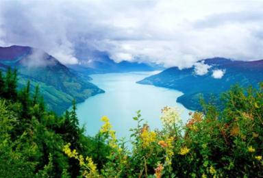 新疆北疆全景—北疆大环线深度游(13日行程)
