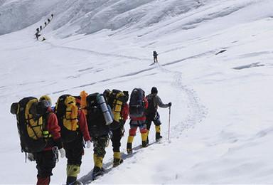 珠峰 奇林峡 圣象天门 珠峰东坡 羊湖 卡若拉冰川 扎寺(4日行程)