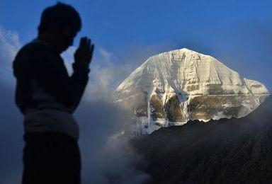行走在云端西藏阿里南线 神山 神湖 古格王朝 珠峰拼车 包车(8日行程)