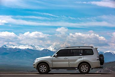 新疆全境私旅定制 喀纳斯+伊犁+吐鲁番+独库公路+喀什(1日行程)