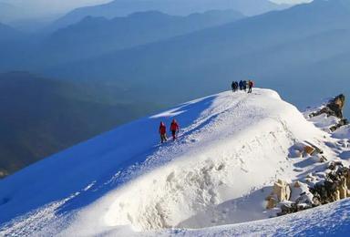 哈巴雪山,海拔5396米,让它成为你人生中的第一座雪山!(5日行程)